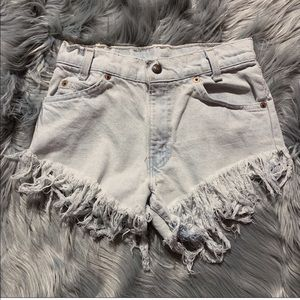 Vintage Levi Cut Off Fringe Shorts 26""